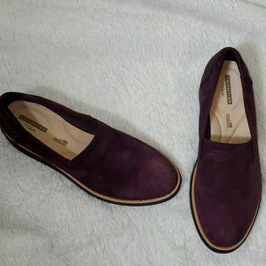 Clarks ladies Suede Slip  Ons Loafers